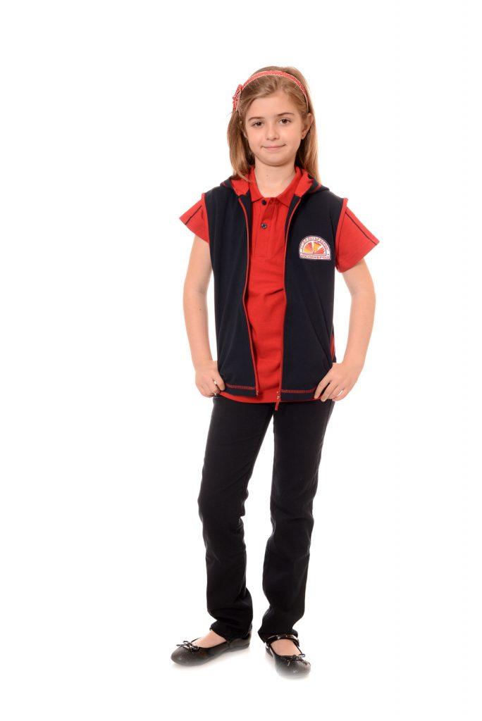 ученическите униформи на СУ Д-р Петър Берон град Костинброд модел за момичета 3