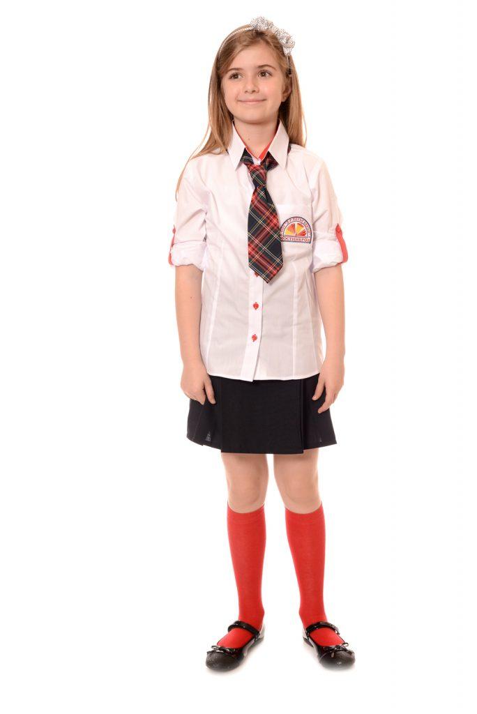 ученическите униформи на СУ Д-р Петър Берон град Костинброд модел за момичета 2